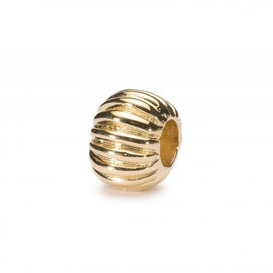 Pelisse, Gold